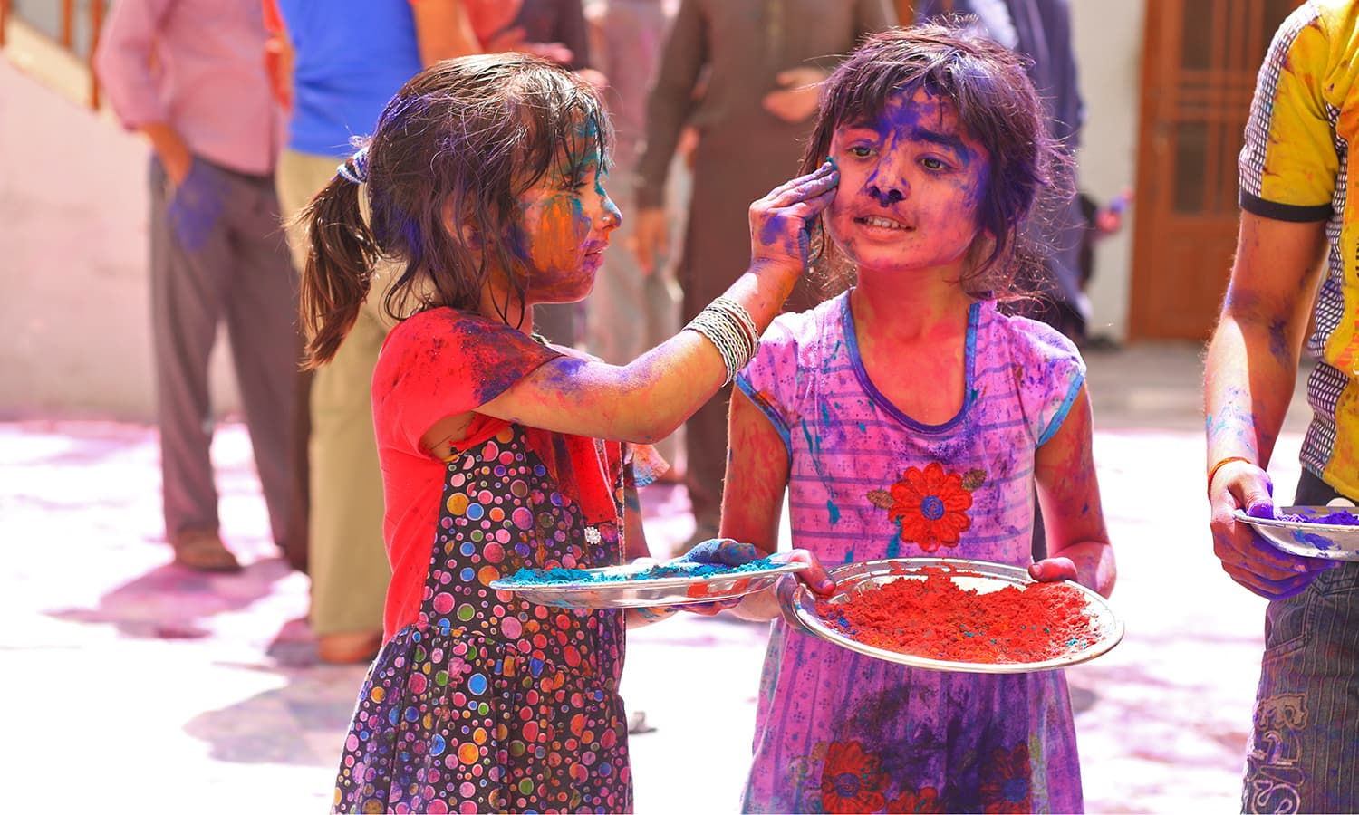 Holi 2019 Wallpapers, Pics, Photos, Greetings and Images