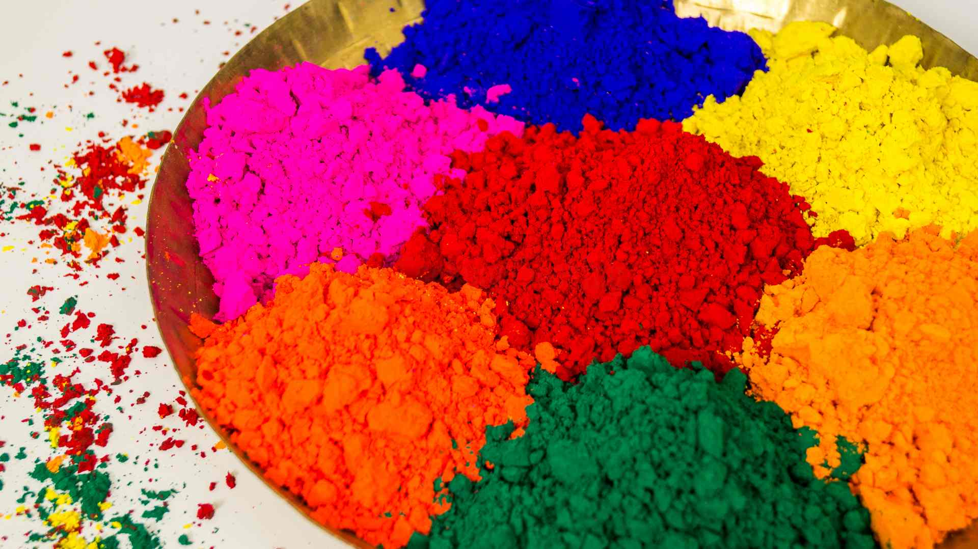How to Make Natural Organic Colours For Holi At Home